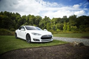 Newsletter Beispiel – Tesla & Co.